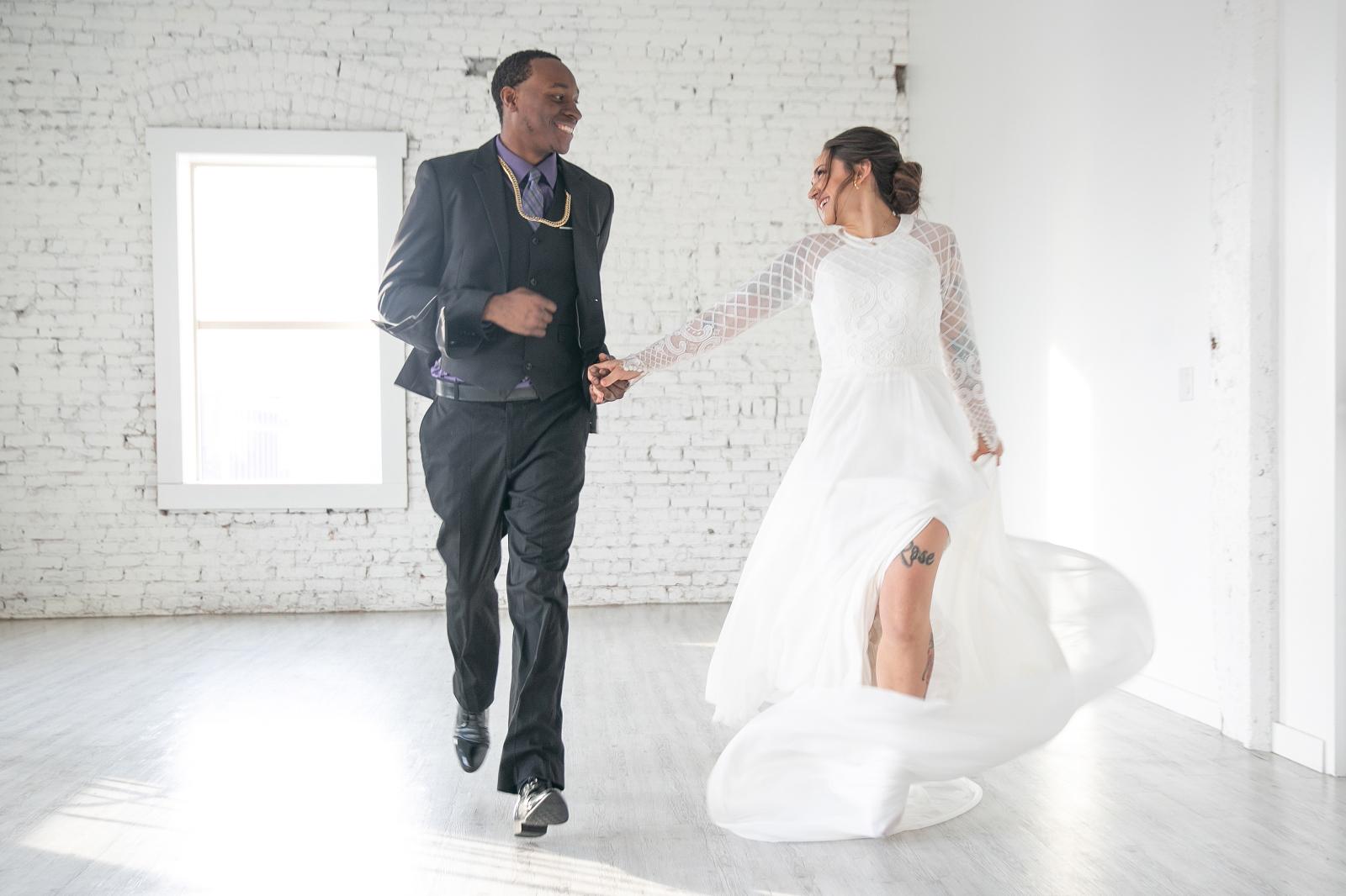 Toledo Wedding - Ohio Wedding - Michigan Wedding - Classic Wedding